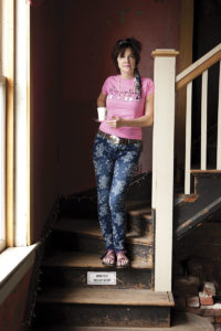 kerry-in-dreamland-on-stairs2013